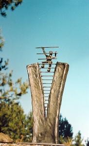 Kleinskulptur als Event Pokal bis Gross - Skulptur für Firmen Mo-Metallkunst